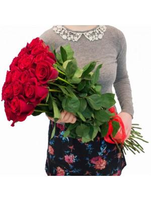 Букет от 25 Първокласни еквадорски червени рози