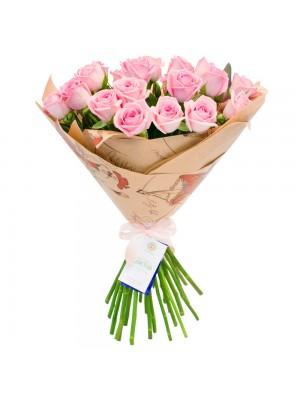Букет от Розови Рози с опаковка