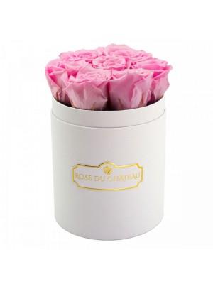 9 ЕЛЕГАНТНИ розови РОЗИ В ОПАКОВКА КУТИЯ