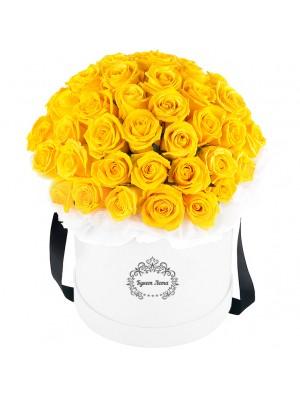 Жълти рози в кутия 2